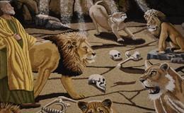 33. Sargenzeller Früchteteppich zeigt Daniel in der Löwengrube