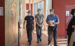 23-Jähriger muss wegen Totschlag an Vater seiner Exfreundin acht Jahre in Haft