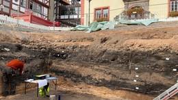 Fontänenfeld auf dem Rotenburger Marktplatz legt Historie frei