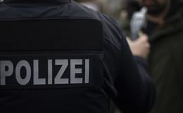 Mit drei Promille unterwegs: Polizei stoppt betrunkenen Pkw-Fahrer (53)