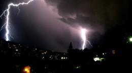 Erneute Unwetterwarnung für Osthessen: Schwere Gewitter am Abend