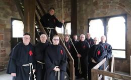 Älteste gegossene Glocke Deutschlands: Historische Lullusglocke ertönte