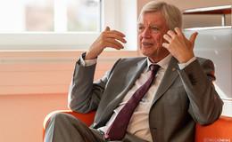 Volker Bouffier (CDU) verspricht: Mit mir wird es keinen Lockdown mehr geben