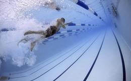 O|N-Arzt Adrian Böhm erklärt: So gesund ist Schwimmen für unseren Körper