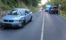 In Gläserzell: Pkw kommt in Gegenverkehr und kollidiert mit anderem Fahrzeug