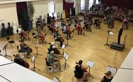 Abwechslungsreiches Werkstattkonzert Cello-Orchester in Hessen