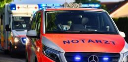Crash nach Überholmanöver: zwei Motorradfahrer verletzt