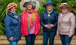 Hüte, Hüte, Hüte – am Gartenfest-Stand von OSTHESSEN|NEWS