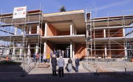 Richtfest für das neue Rathaus - Baukosten liegen im Plan