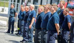 Die Menschen haben alles verloren! - Feuerwehrkräfte kehren aus NRW zurück