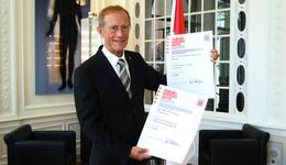 Rotes Kreuz und Feuerwehr: Landesregierung fördert Projekte mit 8.500 Euro