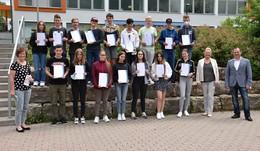 An der Konrad-Adenauer-Schule: Zertifikate zum Projekt Netzwerk Schulen