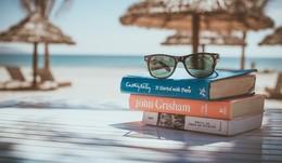 Große Reise oder Zeit zu Hause: Wie sind Ihre Pläne für die Sommerferien?