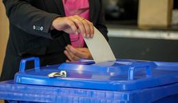 Live-Ticker - Ministerpräsident Bouffier (CDU): Verluste tun weh
