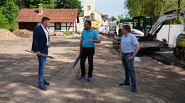 CDU-Bundestagskandidat Wilhelm Gebhard informiert sich in Richelsdorf