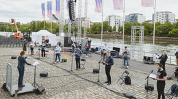 Jugend-Kathedral-Chor probt für Abschlussgottesdienst - ZDF überträgt live