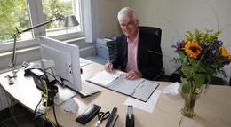 So lief der erste Tag des neuen Landrats Torsten Warnecke (SPD)
