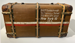 Überseekoffer um 1910 - Objekt des Monats Oktober im Vonderau Museu