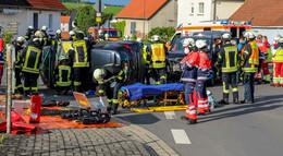 Unfall an einer Kreuzung in Pilgerzell: Drei Personen verletzt