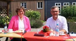 MdB Michael Roth: Kaffeeklatsch mit Bischöfin Beate Hofmann