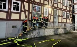 Katastrophenschutz-Zug der Feuerwehr übt gemeinsam mit DRK-Bereitschaft