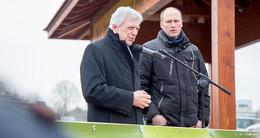 Demo der Landwirte: Ministerpräsident Volker Bouffier spricht vor Bauern