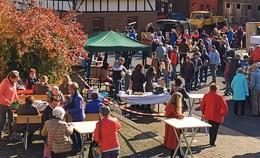 Über 700 Besucher: Neuensteiner Regionalmarkt ein voller Erfolg