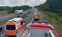Crash auf der A5: Pkw überschlägt sich und landet auf Dach