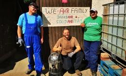 Drei Friesenhäuser sammeln Brennholz fürs Ahrtal