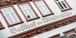 Eine Institution wechselt den Besitzer - Familie Büttner kauft die Windmühle