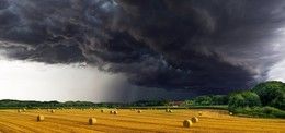 Mensch, Roland! Wettertief bringt Starkregen, Gewitter und Sturmböen