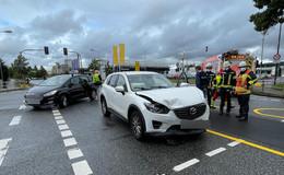 Crash im Kreuzungsbereich Mainstraße / Kohlhäuser Str. führt zu Großeinsatz