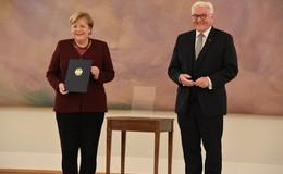 Ende einer Ära: Bundespräsident Steinmeier entlässt Angela Merkel als Kanzlerin