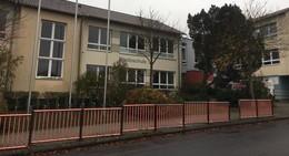 Einbruch in Schule: Laptops, Tablets und Tresor gestohlen