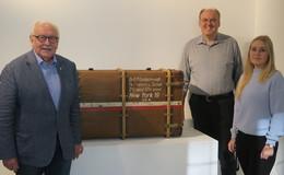 Michael Imhof übergibt Fund zur jüdischen Geschichte ans Vonderau Museum