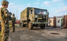 Mobiler Gefechtsstand verlegt: 135 Soldaten machen Halt in der Barockstadt