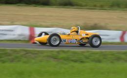 Historischer Motorsport inLütterz: Rund 140 Starter - Bilderserie