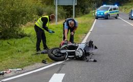 Schwerer Unfall mit zwei Motorrädern auf der B 278: Zwei Fahrer verletzt