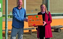 Praktische Krimskrams-Kisten für die Vogelsberger Schulen haben sich bewährt