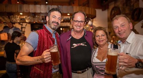 Große Party: Wiesenmühlen-Oktoberfest mit Duo Malibu